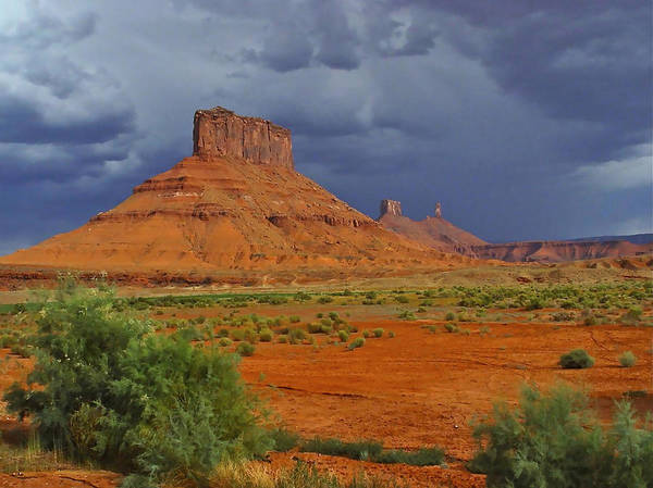 Photograph - Majestic Buttes by Don Mercer