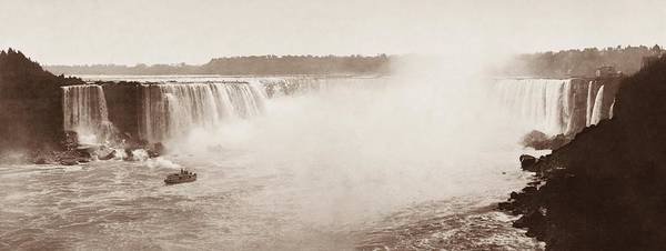 Horseshoe Falls Wall Art - Photograph - Majestic Shot Of The Horseshoe Falls - 1899 by War Is Hell Store