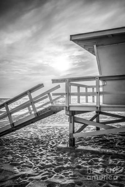 Malibu Photograph - Malibu Lifeguard Tower #3 Black And White Photo by Paul Velgos