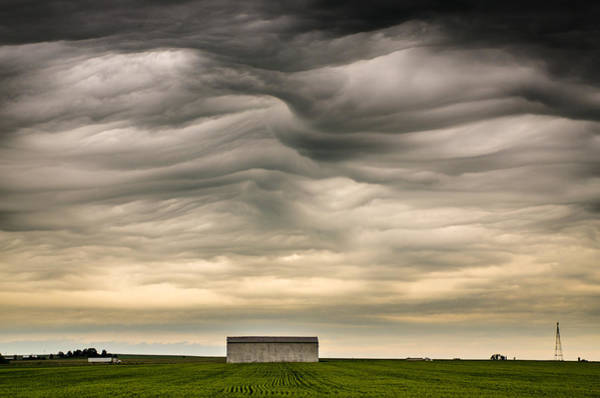 Photograph - Mammatus Clouds by Jeff Phillippi