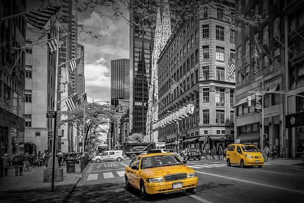 5th Avenue Photograph - Manhattan 5th Avenue by Melanie Viola