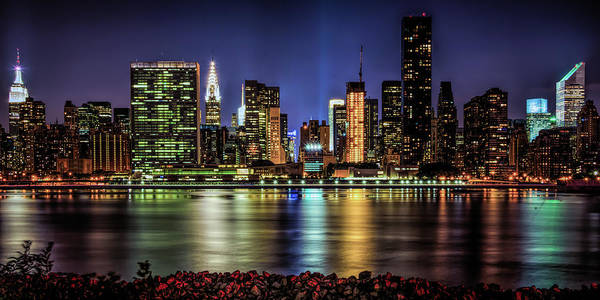 Photograph - Manhattan Beauty by Theodore Jones