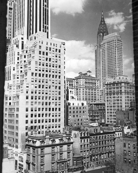Wall Art - Photograph - Manhattan From Madison Avenue by Underwood Archives