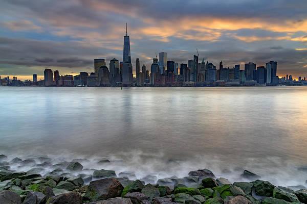 Photograph - Manhattan Sunrise by Rick Berk