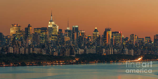 Photograph - Manhattan Twilight Viii by Clarence Holmes