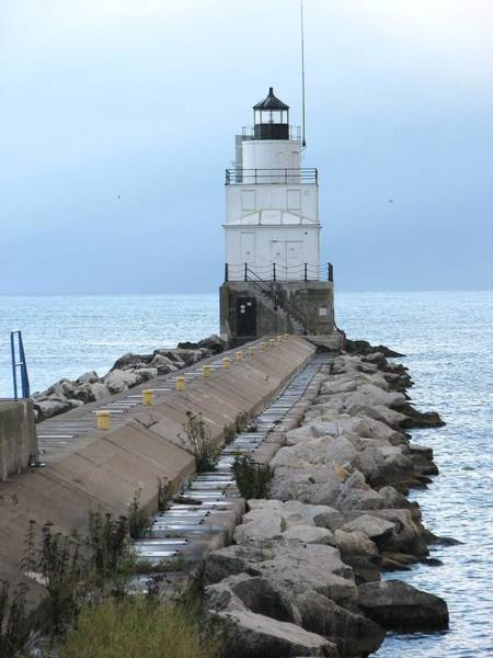 Wall Art - Photograph - Manitowoc Breakwater Lighthouse  by Keith Stokes