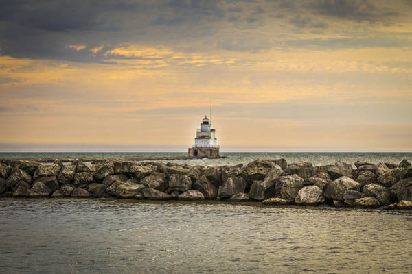 Wall Art - Photograph - Manitowoc Lighthouse 2015-2 by Thomas Young