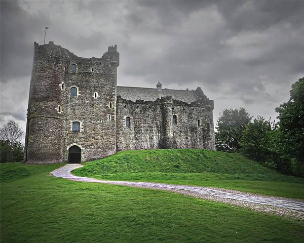 Castles Of Scotland Digital Art - Many Stories To Tell by Vicki Lea Eggen