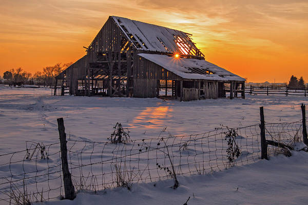 Photograph - Mapleton Barn by Wesley Aston