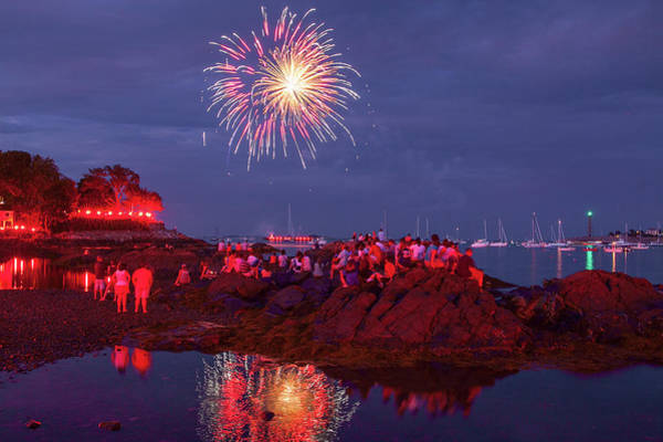 Photograph - Marblehead Fireworks From Fort Beach by Jeff Folger