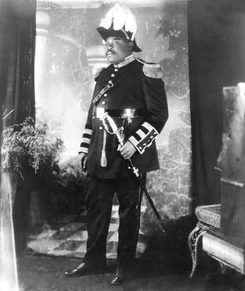 Wall Art - Photograph - Marcus Garvey 1887-1940 by Everett