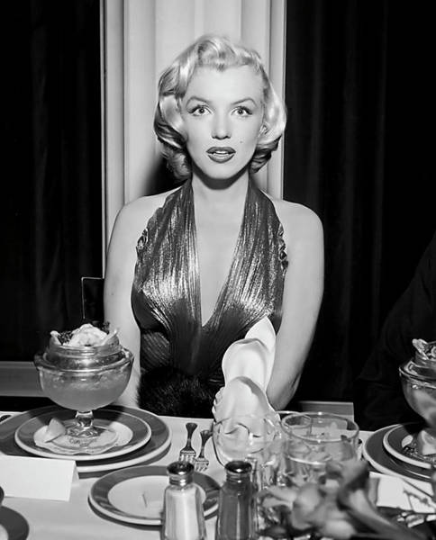 Leading Actress Wall Art - Photograph - Marilyn Enjoying Dinner by Daniel Hagerman