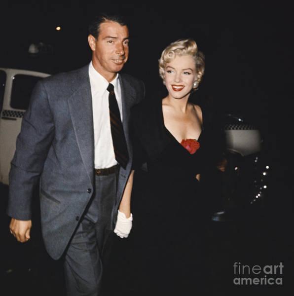 Photograph - Marilyn Monroe And Joe Dimaggio by Robert V Fuschetto