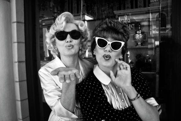 Photograph - Marilyn Monroe And Lucille Ball Imitators by Carlos Diaz