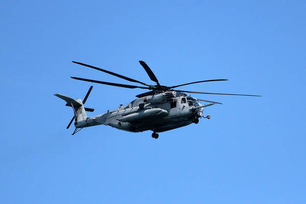Photograph - Marine Helicopter In Flight by Cynthia Guinn