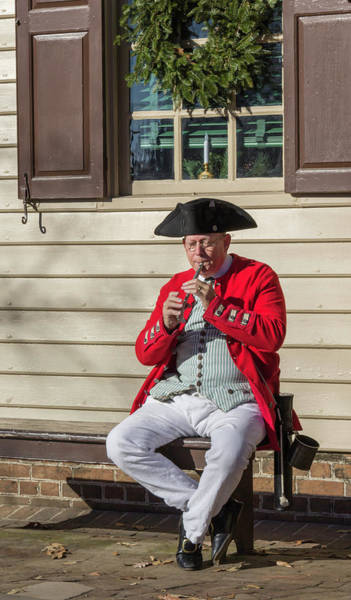 Wall Art - Photograph - Chowning's Tavern Entertainer by Teresa Mucha