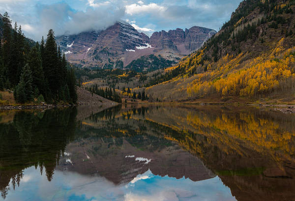 Photograph - Maroon Bells by Gary Lengyel