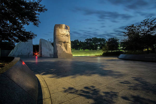 Photograph - Martin Luther King Memorial At Dawn  by Sven Brogren