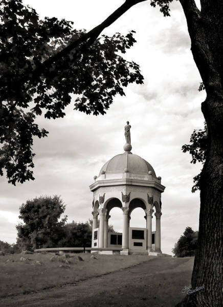 Wall Art - Photograph - Maryland Monument Black And White by Judi Quelland
