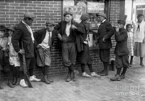 Photograph - Massachusetts: Gang, C1916 by Granger