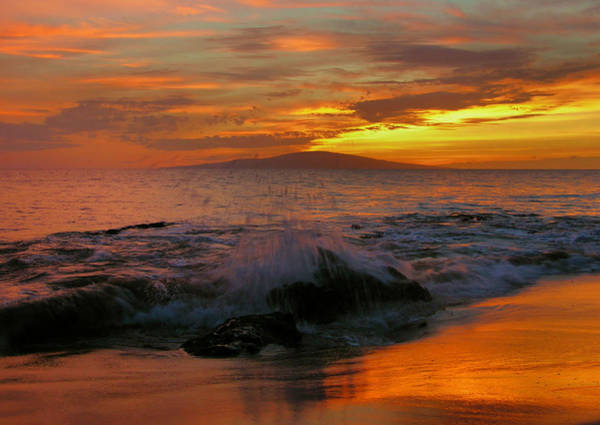 Wall Art - Photograph - Maui Sunset Reflections by Stephen  Vecchiotti