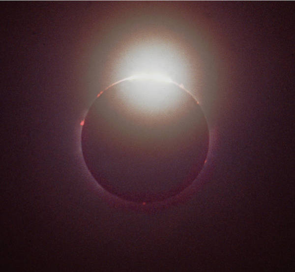 Photograph - Mcc-107 Diamond Zring Effect Full Solar Eclipse by Ed Cooper Photography