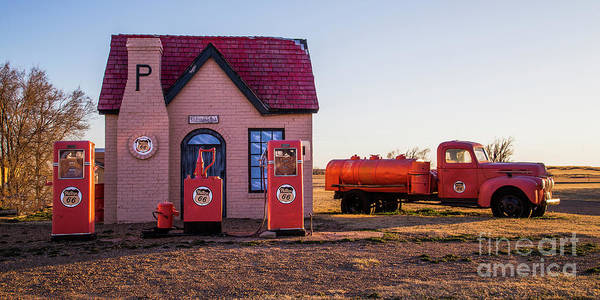 Wall Art - Photograph - Mclean Service Station by Twenty Two North Photography