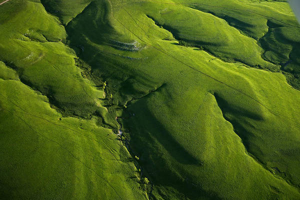 Tallgrass Wall Art - Photograph - Meandering Valleys Of Texaco Hill by Jim Richardson