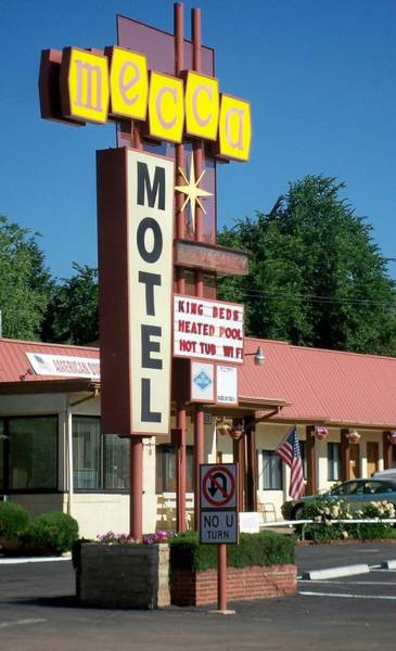 Photograph - Mecca Motel by Anita Burgermeister