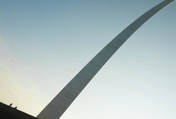 Wall Art - Photograph - meet at the Gateway arch by Hyuntae Kim