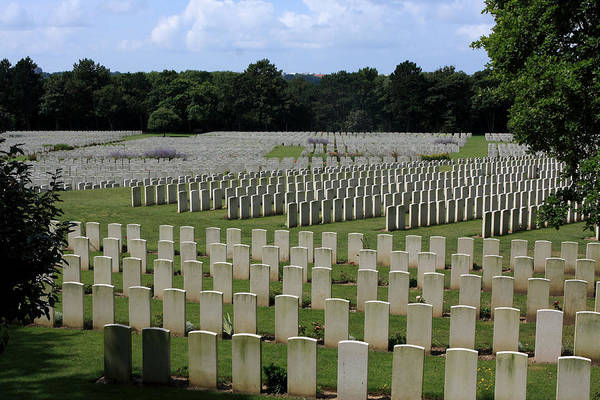 Photograph - Memorial To Fallen Soldiers by Aidan Moran