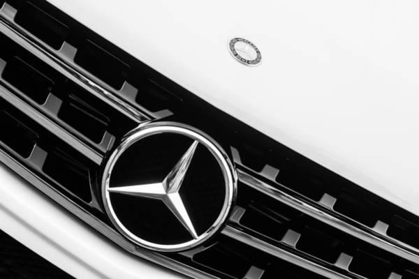 Wall Art - Photograph - Mercedes-benz Emblem - Grille Logo -0030bw by Jill Reger