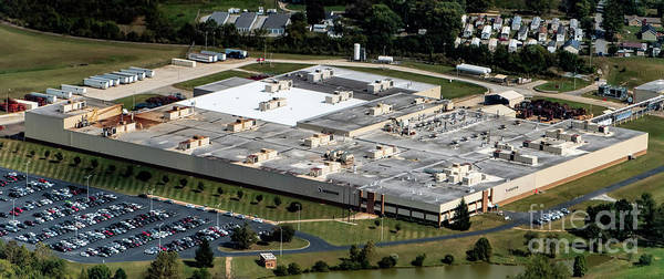 Meritor Photograph - Meritor Manufacturing Plant In Asheville by David Oppenheimer
