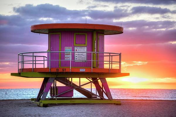 Photograph - Miami Beach Round Life Guard House Sunrise by Toby McGuire