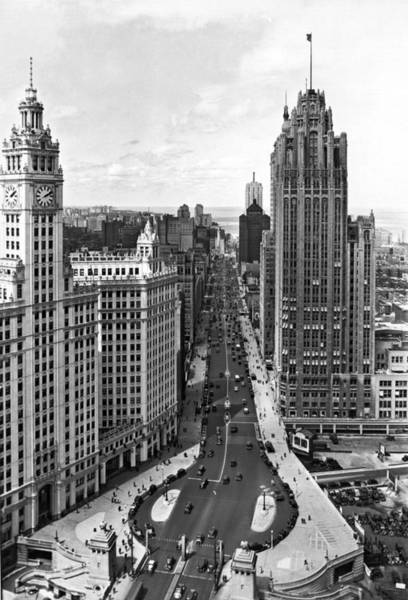 Zazzle Photograph - Michigan Avenue In Chicago by Underwood Archives