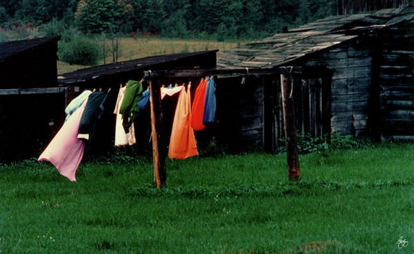 Photograph - Michigan Washday by Wayne King