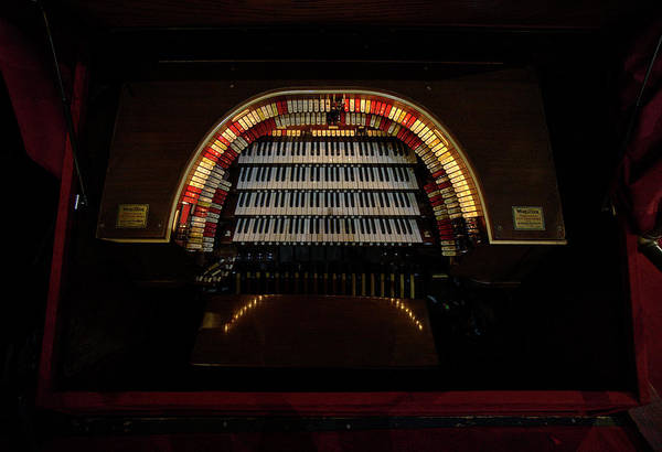 Wurlitzer Photograph - Mighty Wurlitzer Pipe Organ Of The Chicago Theater by Daniel Hagerman