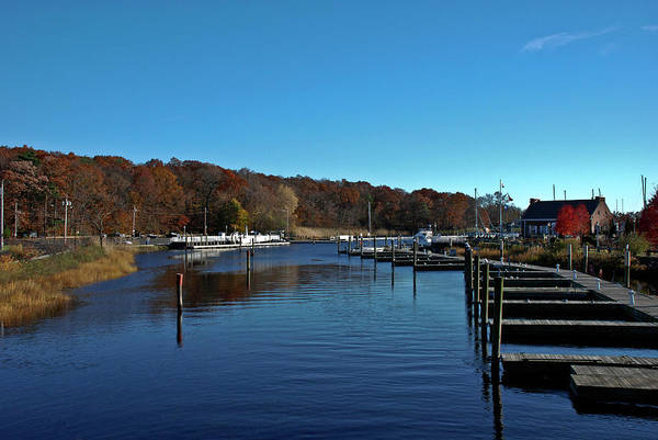 Milford Ct Harbor Ready For Winter Art Print