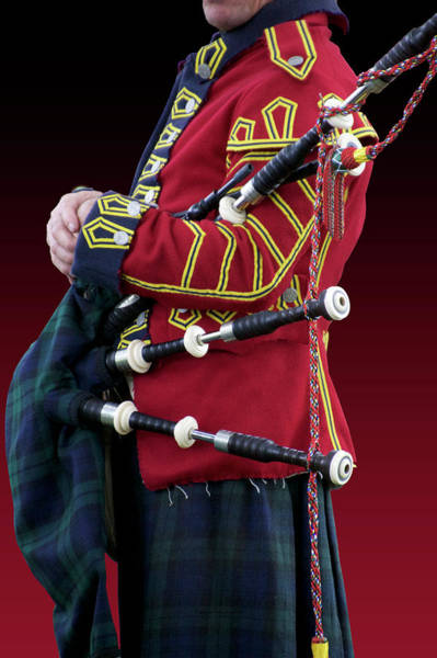 Revolutionary War Mixed Media - Military Musical Instrument Bag Pipes Revolutionary War by Thomas Woolworth