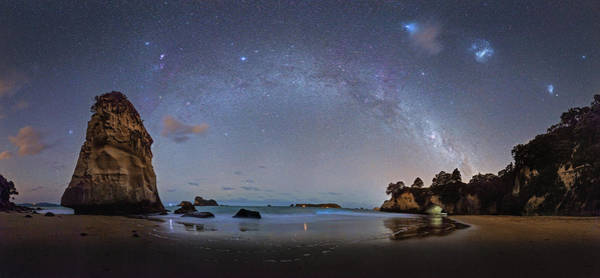 Photograph - Milky Way At Cathedral Cove by Alex Conu