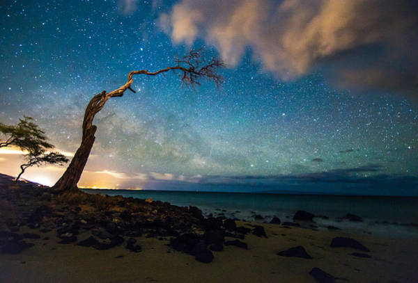 Kihei Photograph - Milky Way Over Kihei by Drew Sulock