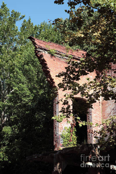 Wall Art - Photograph - Mill Ruin Hangs Over The Little Patuxent River In Savage Maryland by William Kuta
