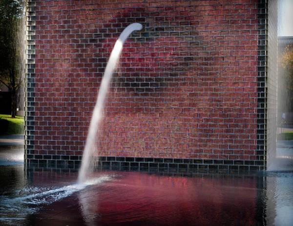 Millennium Park Photograph - Millennium Park Fountain Chicago by Steve Gadomski