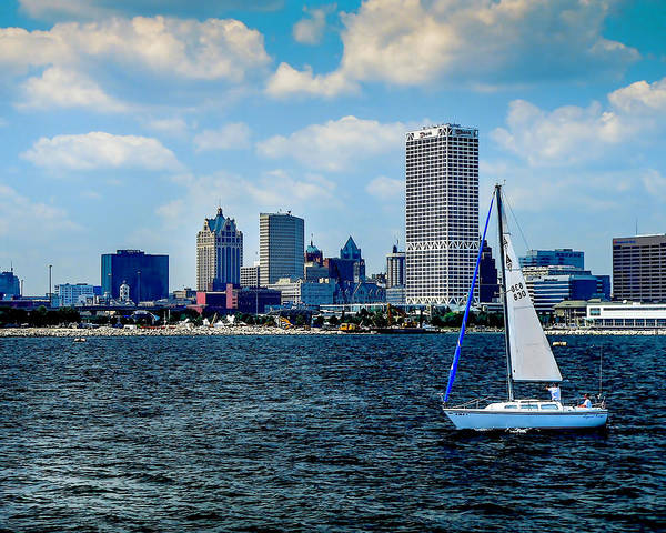 Photograph - Milwaukee Skyline by Gordon Engebretson