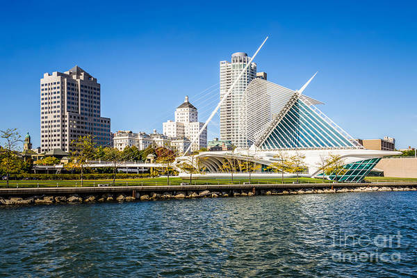 Midwest Photograph - Milwaukee Skyline Photo With Milwaukee Art Museum by Paul Velgos