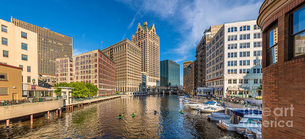 Mke Photograph - Milwaukee Summer Nights by Andrew Slater