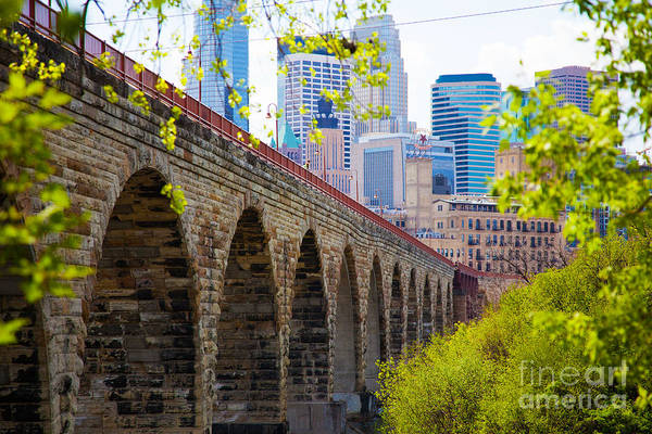 City Cafe Wall Art - Photograph - Minneapolis Stone Arch Bridge Photography Seminar by Wayne Moran