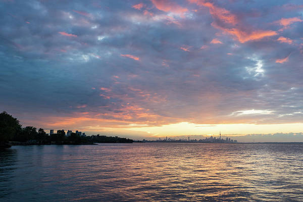 Photograph - Minutes Before Sunrise - Toronto Skyline Under Spectacular Clouds by Georgia Mizuleva