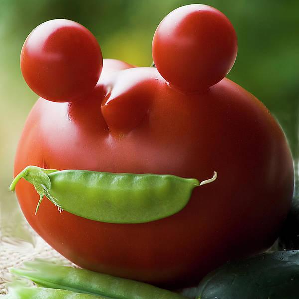 Photograph - Mister Tomato by Yulia Kazansky