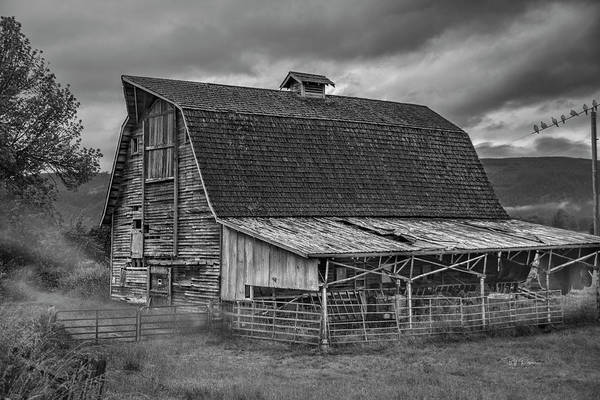 Photograph - Misty Morning Barn Find by Bill Posner